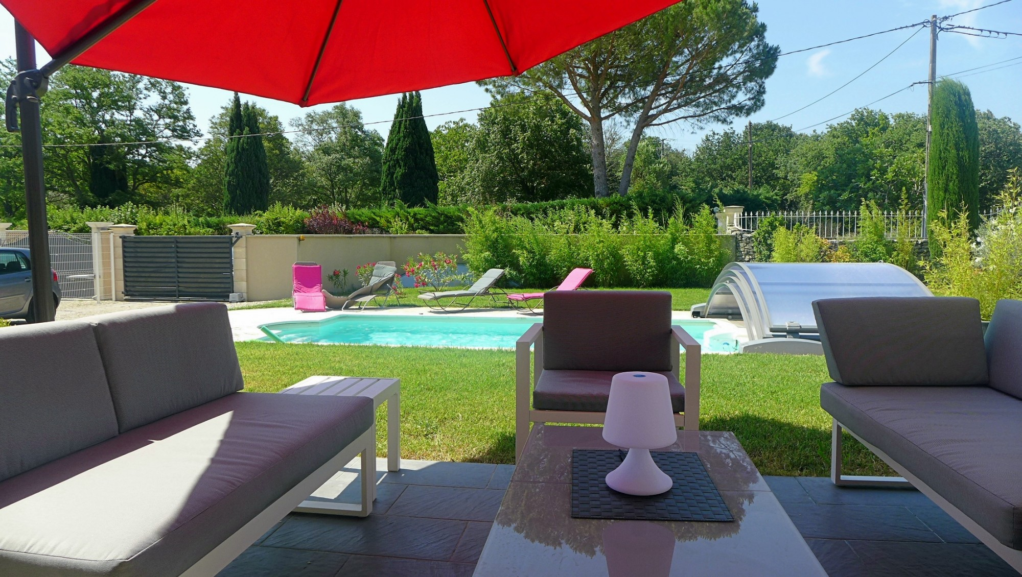 Location drome provencale locations villa drome provencale for Saint paul trois chateaux piscine