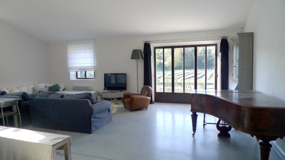 Property for sale Peacefull place Drôme Provençale closed to the village