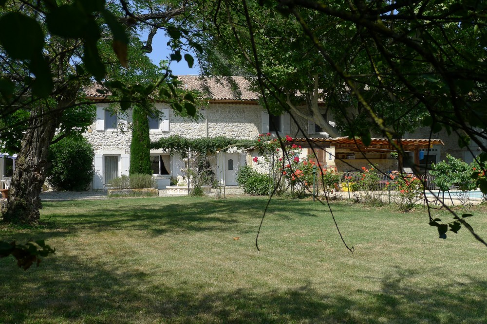 270 sqm renovated farmhouse on 11ac 5216.0ft² of land